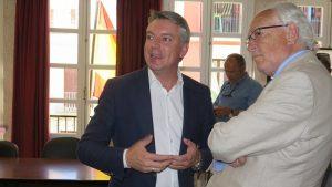 AionSur herrera-alcalde--300x169 Juanma Moreno da su apoyo en persona al nuevo centro de salud de Herrera Herrera Sociedad