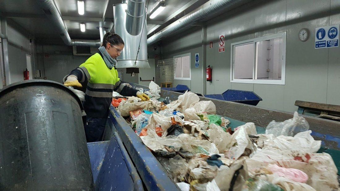 AionSur planta-reciclaje-campiña-2000 Firmado el acuerdo para terminar la huelga en la planta de reciclaje de Campiña 2000 Campiña Morón y Marchena Sociedad  destacado