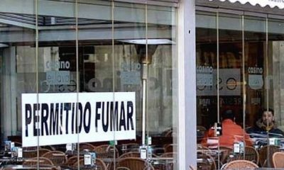 AionSur terraza-tabaco-400x240 Un estudio señala que las terrazas incumplen la ley del tabaco y los bares la venta a menores Salud Sevilla Sociedad