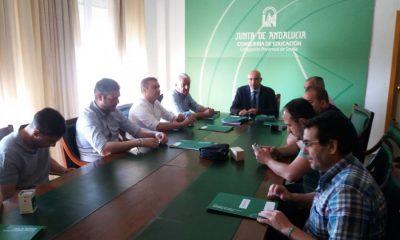 AionSur Firma_convenio_1-400x240 Educación firma convenios con nueve ayuntamientos para el uso de los centros educativos fuera del horario lectivo Educación