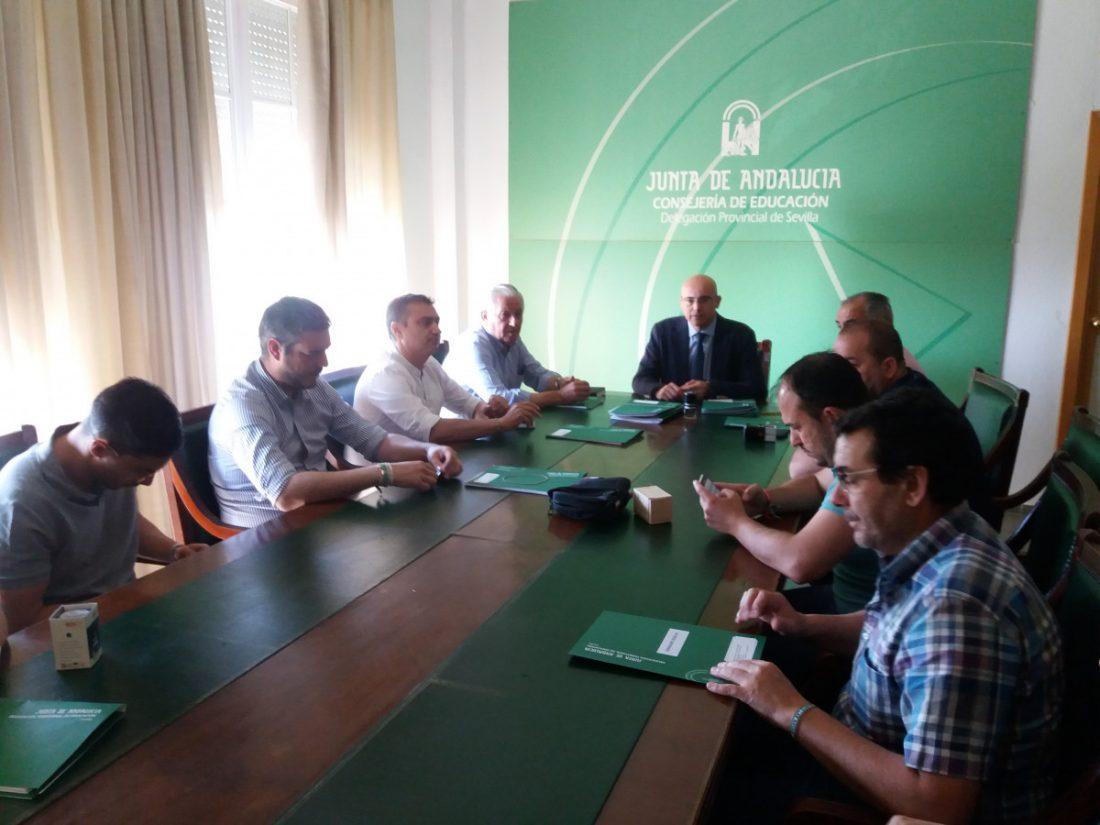 AionSur Firma_convenio_1 Educación firma convenios con nueve ayuntamientos para el uso de los centros educativos fuera del horario lectivo Educación