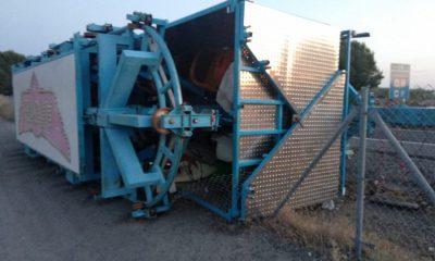 AionSur camión-pierde-remolque-400x240 Un camión pierde el remolque en la A92 a su paso por Arahal Arahal Sucesos  destacado