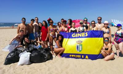 AionSur gines-playa-400x240 Jóvenes de Gines y Valencina limpian una playa de Huelva para pedir más atención ambiental Huelva Sociedad