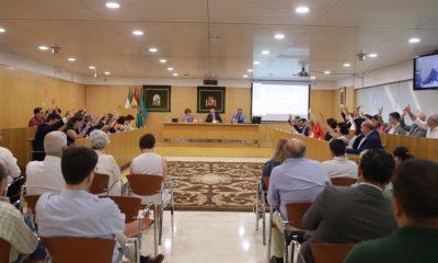 AionSur Diputacion-Sevilla-Pleno-400x240 La Diputación congela los sueldos de cargos y personal eventual y aprueba tener cinco grupos políticos Diputación Política