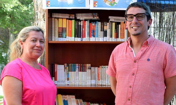 AionSur La-Puebla-de-Cazalla La Puebla de Cazalla lleva su biblioteca a la piscina municipal Cultura La Puebla de Cazalla