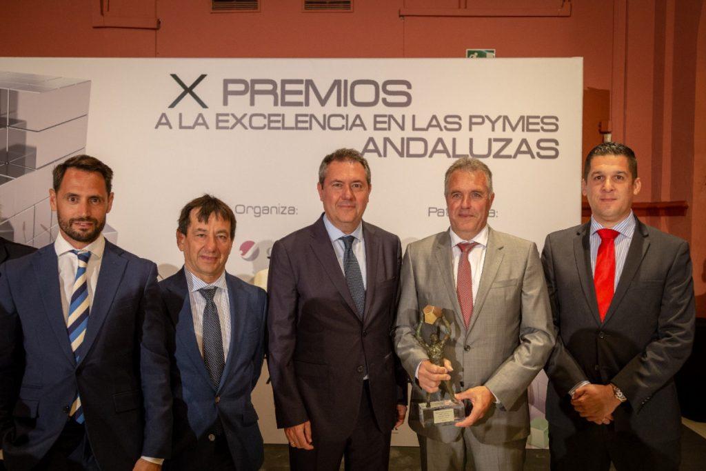 AionSur ab099d40-500b-4173-a14d-51b81b657b57-1024x683 Una empresa de Arahal, Jimeca S.L, recibe un premio a la Excelencia de las Pymes andaluzas Arahal Empresas  destacado