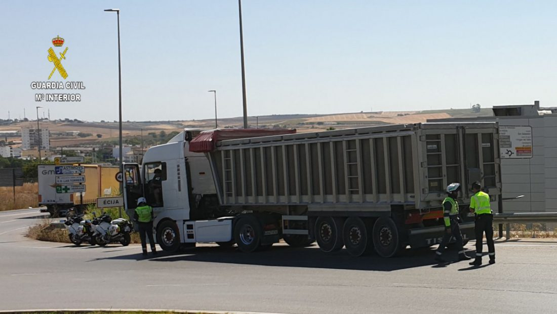 AionSur detención-Écija Detenido un camionero por circular bajo los efectos del alcohol, con retirada de carnet y exceso de horas Sucesos