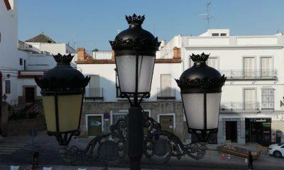 AionSur marchena-luces-led-sustitución-400x240 Instaladas lámparas LED en las farolas de la plaza del Ayuntamiento de Marchena Marchena