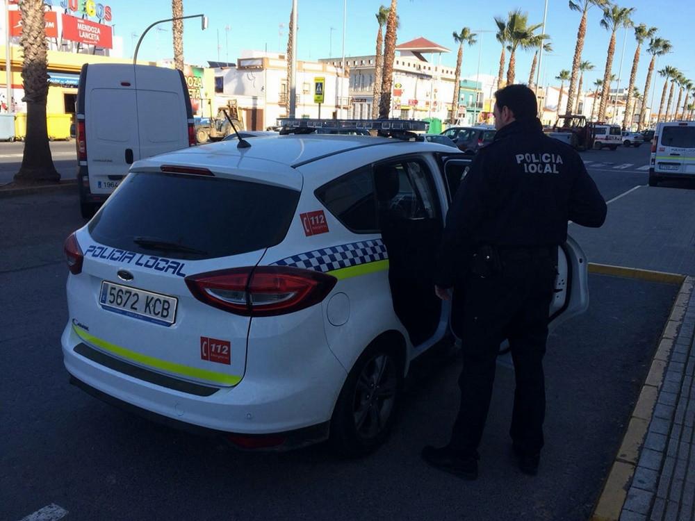 AionSur policia-lepe Deja morir a su perro tras seis días al sol sin agua ni comida Huelva Sucesos  destacado