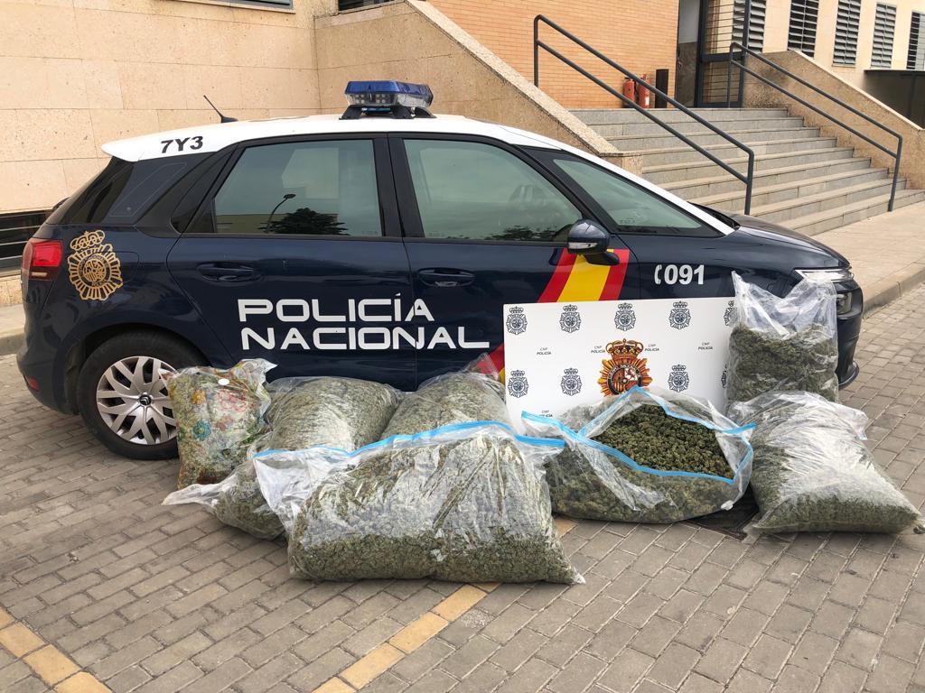 AionSur policia-nacional-droga Desarticulada una banda de narcos que operaba desde Sevilla para España y Francia Provincia Sucesos
