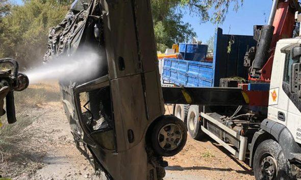 AionSur 68960114_2452536281460873_201907374657634304_n-compressor-590x354 Aparece un coche robado en Marchena en el fondo del río Espartero a su paso por Morón Morón de la Frontera  destacado