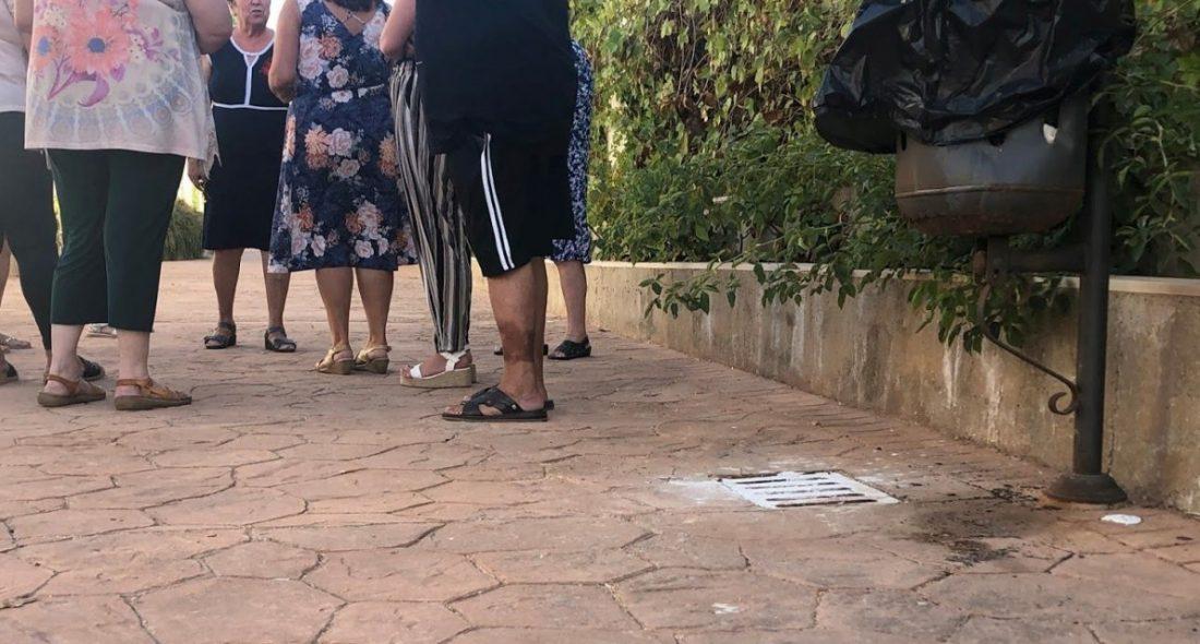 AionSur IMG_3190-compressor Trapicheos de droga, suciedad, ratas y heces de perros preocupan a los vecinos de la barriada de las flores en Arahal Arahal  destacado