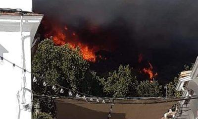 AionSur Incendio-Almonaster-400x240 Arde un paraje cerca de Almonaster (Huelva), pueblo que está siendo desalojado Huelva Incendios Forestales Sucesos  destacado