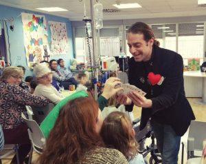 AionSur Mago-Xuxo-1-300x238 Premio mundial para un maestro de Albaida del Aljarafe por fomentar la magia entre sus alumnos Educación Sociedad