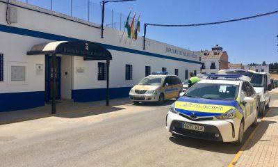AionSur Policia-Puebla-cazalla-400x240 Muere un hombre de 50 años herido por arma de fuego en La Puebla de Cazalla La Puebla de Cazalla Sucesos  destacado