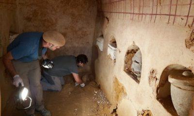 "AionSur tumba-romana-1-Carmona-400x240 La cámara funeraria hallada en Carmona ""revelará datos muy interesantes"" Carmona Sociedad"