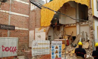 AionSur derrumbe-Sevilla-400x240 Varios desalojados en Sevilla tras derrumbarse el muro de una vivienda Sevilla Sucesos