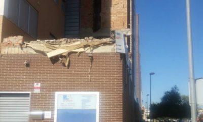AionSur rinconada-400x240 Se derrumban tres plantas del revestimiento en un edificio en La Rinconada Provincia Sucesos