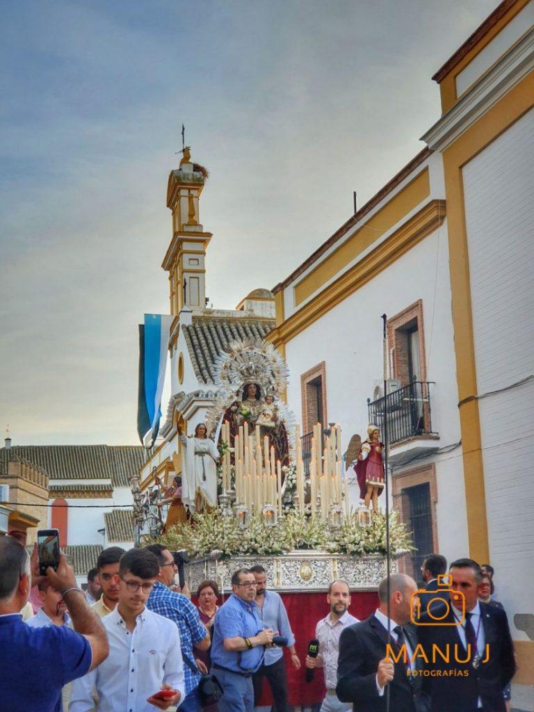 AionSur 20191007_010412-compressor-768x1024 La Virgen del Rosario procesionó por Marchena entre vítores, cantos y rezos Arahal Semana Santa