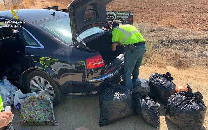 AionSur COGOLLOS-MARIHUANA-SE30 Interceptado en Sevilla un vehículo con 24 bolsas de marihuana Narcotráfico Sucesos