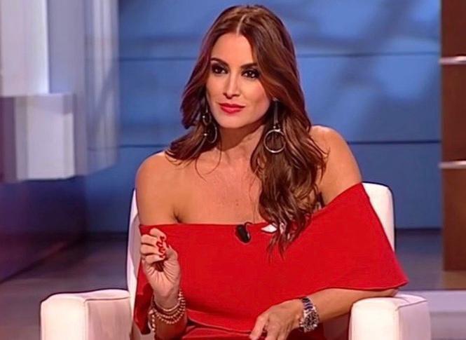 """AionSur Eva-Ruiz-1 Eva Ruiz: """"El teatro tiene un poco de veneno, me he dado cuenta"""" Cultura Sevilla"""