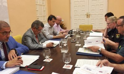 AionSur IMG_3125-compressor-400x240 Carlos Toscano constata el interés de los colegios de Sevilla por una mayor formación en redes sociales y acoso escolar Educación