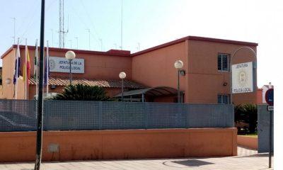 AionSur Policía-Local-Alcalá-compressor-400x240 Impiden una ocupación ilegal en Alcalá gracias a la colaboración vecinal Alcalá de Guadaíra Sucesos