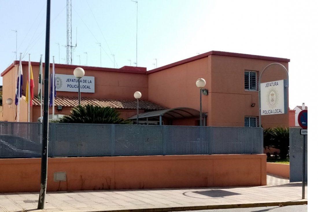 AionSur: Noticias de Sevilla, sus Comarcas y Andalucía Policía-Local-Alcalá-compressor Impiden una ocupación ilegal en Alcalá gracias a la colaboración vecinal Alcalá de Guadaíra Sucesos