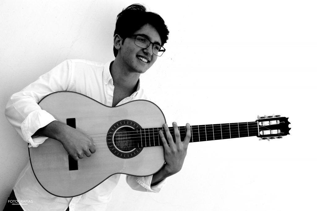 AionSur david-1-1024x683-compressor El guitarrista David de Arahal actuará en el Teatro Real de Madrid invitado por Antonio Canales Arahal Cultura Flamenco