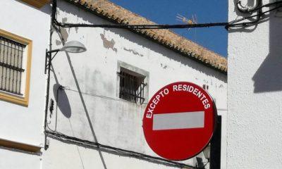 AionSur dfa8ef59-82b4-48a1-8235-f97fff398d83-compressor-1-400x240 Conflicto vecinal en la calle José María Iglesias por la instalación de una señal de tráfico Arahal Sociedad  destacado