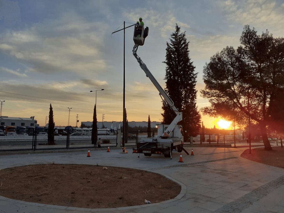 AionSur ledhermanosmachado3-compressor Alcalá retira de su alumbrado público las lámparas de mercurio y las sustituye por tecnología led Alcalá de Guadaíra