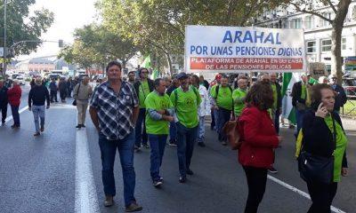 AionSur pensiones-arahal-400x240 Piden la Medalla de Andalucía para los pensionistas que fueron de Rota a Madrid Sin categoría  destacado
