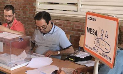 AionSur Elecciones-Mesa-2-400x240 Los ocho vecinos de Villarroya (La Rioja) baten récord y votan en 32 segundos Política Sociedad  destacado