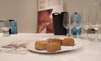 AionSur Mantecados-Estepa-1-400x240 Los dulces navideños de Estepa se encuentran en Sevilla con los vinos de Jerez Economía Estepa