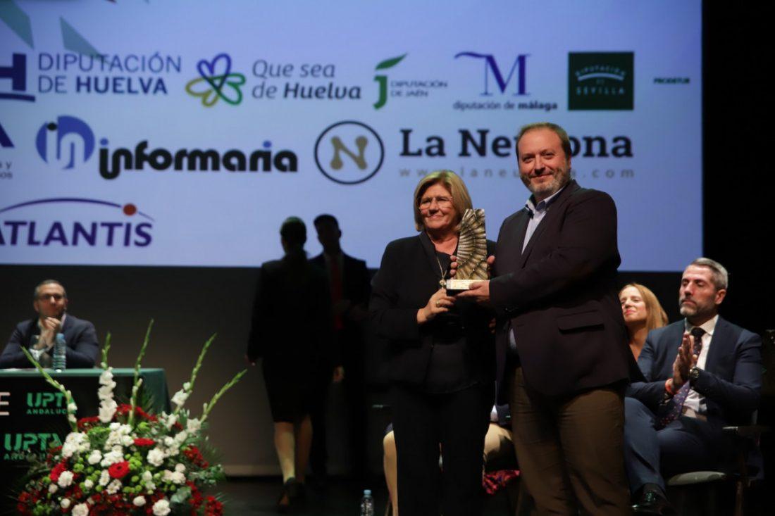 AionSur Premios-coraje La FAMP, premio honorífico 'Coraje' por su aportación al desarrollo de los pueblos Diputación Provincia