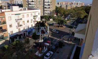 AionSur bomberos-sevilla-400x240 Rescatan a una mujer atrapada entre el colchón y el canapé de su cama en Sevilla Sevilla Sucesos
