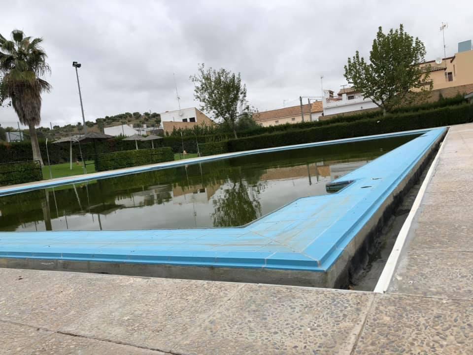 AionSur piscina-coripe La piscina de Coripe se adapta a nuevos sistemas y se hace más accesible Coripe Sociedad