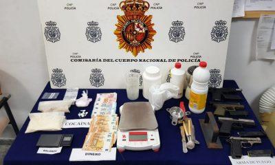 """AionSur policia-drogas-400x240 Un detenido en Dos Hermanas por vender cocaína mediante el método de """"telecoca"""" Dos Hermanas Sucesos"""