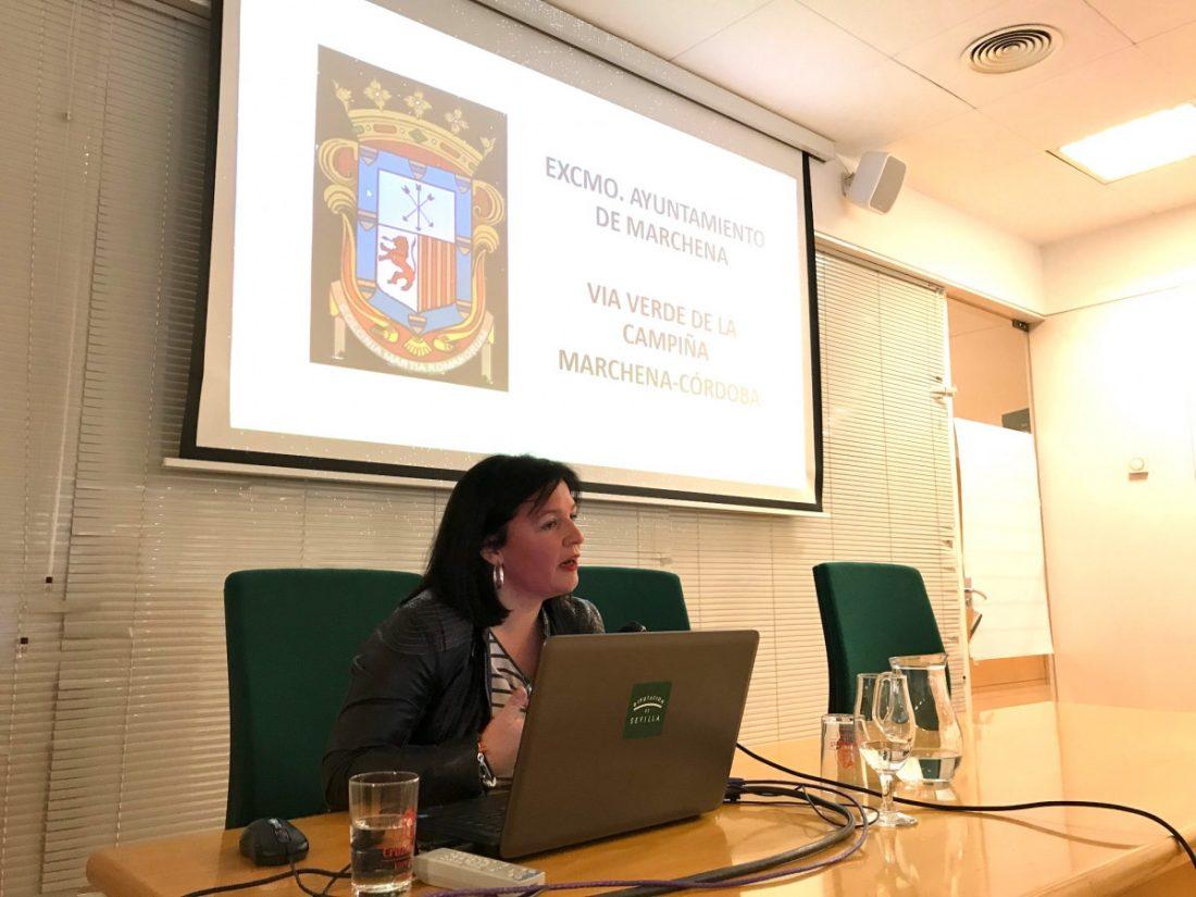 AionSur Alcaldesa-Marchena-vias-verdes La gestión de la vía verde de Marchena, ejemplo en las primeras jornadas de este servicio Marchena Sociedad