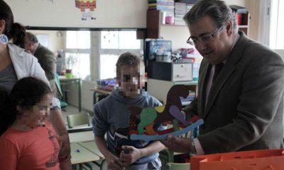AionSur alcalde-colegio-virgen-macarena-compressor-400x240 Un colegio de Educación Especial de Sevilla suspende el teatro de Navidad por falta de personal Educación Sevilla