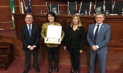 AionSur donaciones-premio-400x240 AION Sur recoge el premio que le distingue por la difusión de las donaciones de sangre Salud Sevilla  destacado