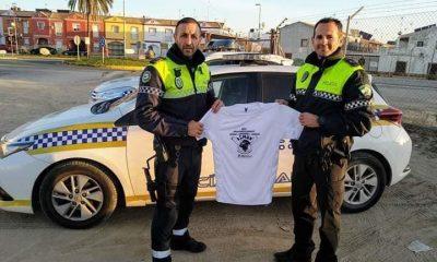 AionSur polis-Senegal-400x240 Dos policías sevillanos recaudan casi 25.000 euros para ayudar a niños senegaleses Provincia Sociedad  destacado