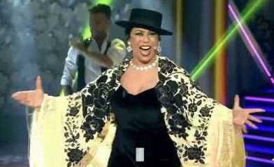 AionSur veronica-carmona-392x240 Un musical recorre desde esta semana la vida de Lola Flores Cultura Sevilla