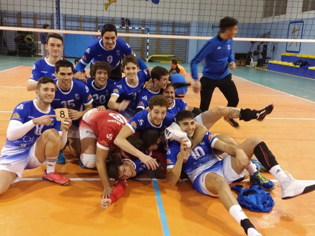 AionSur 54237140-e53b-4095-ae59-d89525302699-compressor El CV Arahal endosa un 3-0 al Salesianos y ya espera el crucial partido de Málaga Arahal Deportes