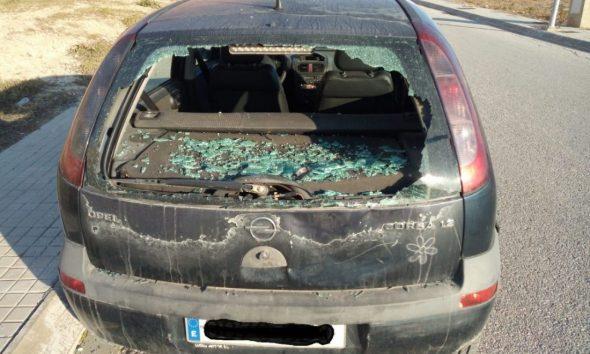 AionSur 6e7dd096-6e7d-4981-8003-7cec2cad257c-compressor-590x354 Denuncian en Arahal actos vandálicos en dos vehículos aparcados en vías públicas Arahal Sucesos  destacado