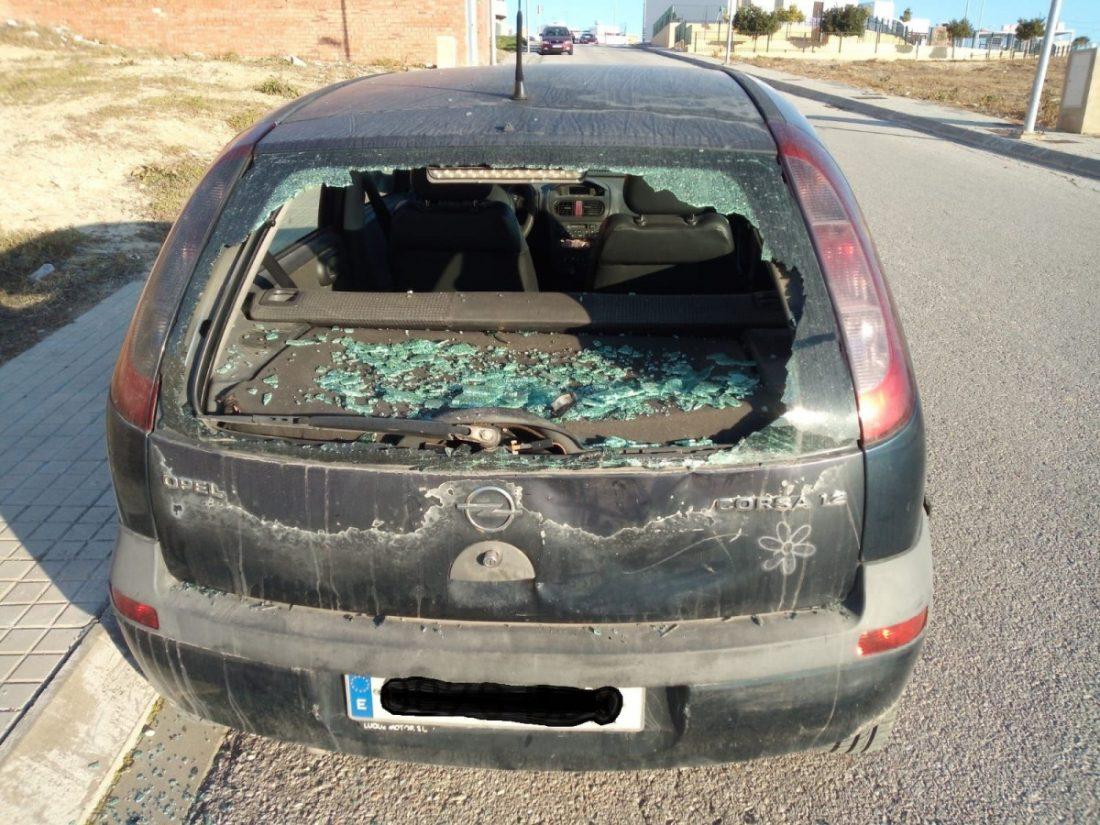 AionSur 6e7dd096-6e7d-4981-8003-7cec2cad257c-compressor Denuncian en Arahal actos vandálicos en dos vehículos aparcados en vías públicas Arahal Sucesos  destacado