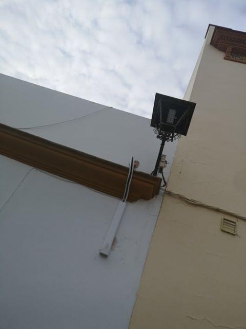 AionSur 83439838_138496640503996_4217262227989725184_n-compressor Críticas a la instalación de la iluminación LED en la calle Lope de Vega de Arahal Arahal  destacado