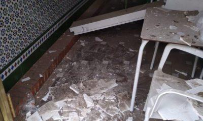 AionSur Bar-techo-accidente-400x240 Herido en Sevilla al caerle en la cabeza el techo de un bar Sevilla Sucesos  destacado
