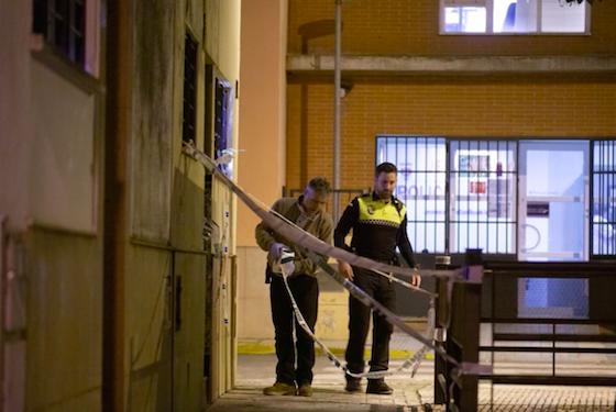 AionSur Castilleja-incendio-560x375 Rescatada en Castilleja de la Cuesta tras prender fuego su marido a la casa con ella dentro Aljarafe Sucesos Violencia Machista  destacado