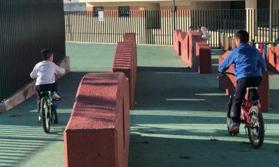 AionSur IMG_7005-compressor-400x240 Usuarios de un parque infantil de Arahal denuncian el peligro que suponen cinco muros Arahal  destacado